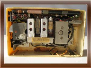 Radio a valvole Voxson Starlet della collezione di Franco Nervegna