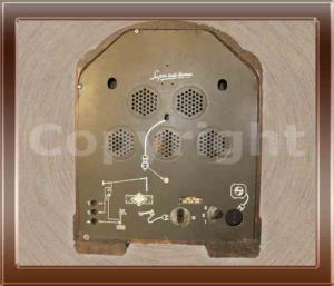 Radio a valvole Philips modello 634 A della collezione di Franco Nervegna